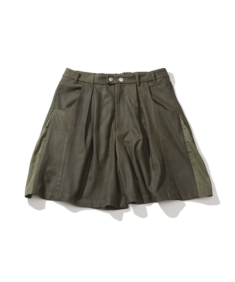 PLT9935 LEATHER TUCK SHORTS 打褶異材質短褲