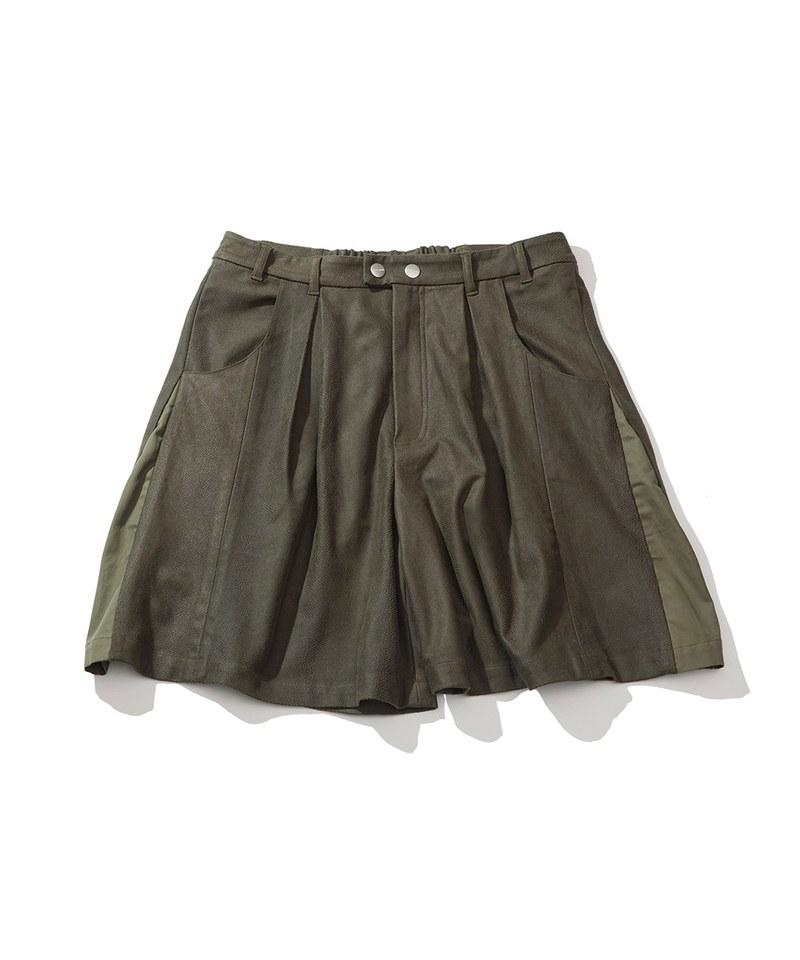 LEATHER TUCK SHORTS 打褶異材質短褲