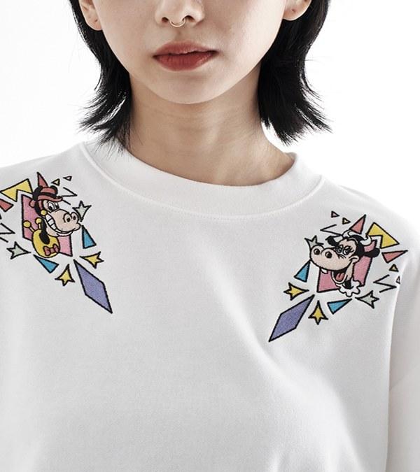 CRV0030W Mickey 女款幾何刺繡短版衛衣